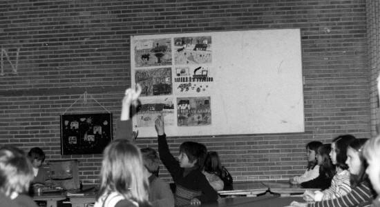 """[Reseña] """"Aprendiendo a obedecer"""" en el Periódico Asturies"""